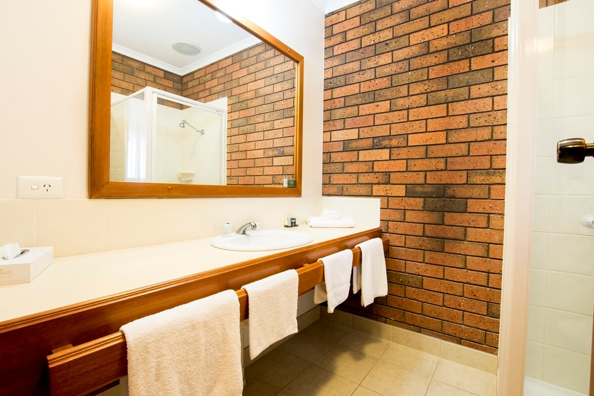 Twin Room Bathroom